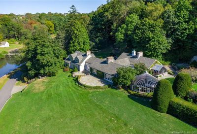 33 Meadow Wood Drive Greenwich CT 06830