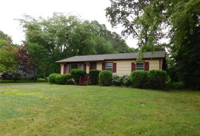 20 Johnny Cake Road East Lyme CT 06357