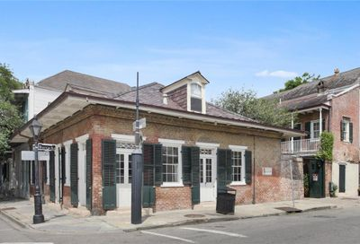 841  BARRACKS Street New Orleans LA 70116