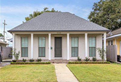 5538  WOODLAWN Place New Orleans LA 70124