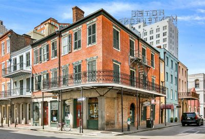 239-241  CHARTRES Street New Orleans LA 70130