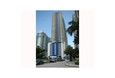 1200  BRICKELL BAY DR   3015 Miami FL 33131