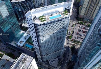 1300  Brickell Bay Dr   2306 Miami FL 33131