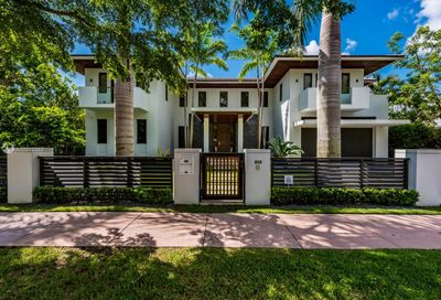 832  Alfonso Ave Coral Gables FL 33146