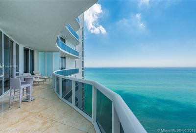 15811  Collins Ave   4007 Sunny Isles Beach FL 33160