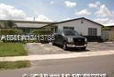 105 SE 2nd St Dania Beach FL 33004