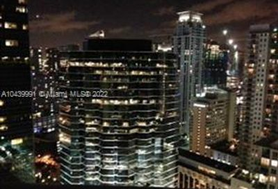 1300  BRICKELL BAY DR   3400 Miami FL 33131