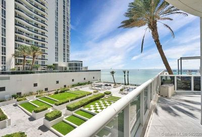 15811  Collins Ave   404 Sunny Isles Beach FL 33160