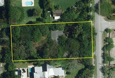 11600 SW 77th Ave Pinecrest FL 33156