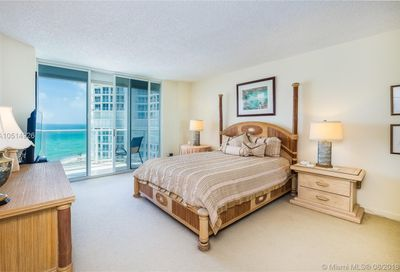 16485  Collins Ave   1138 Sunny Isles Beach FL 33160