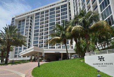10275  Collins Ave   406 Bal Harbour FL 33154