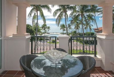 15721  Fisher Island Dr   15721+15722 Miami Beach FL 33109