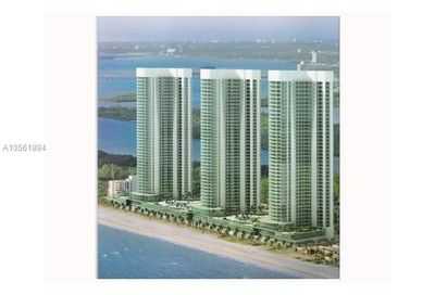 15901  Collins Ave   803 Sunny Isles Beach FL 33160