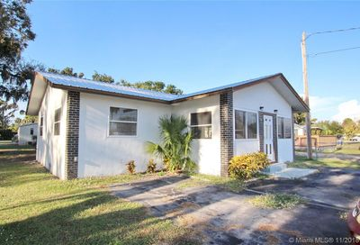 2751  County Road 721 Loop Other City - In The State Of Florida FL 33471