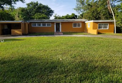 12500 NE Alamanda Dr North Miami FL 33181