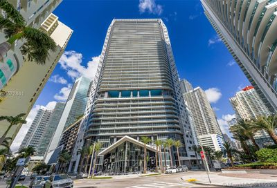 1300  Brickell Bay Drive   3403 Miami FL 33131