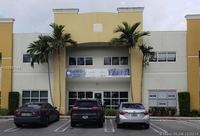 11231 NW 20th St   132 Sweetwater FL 33172