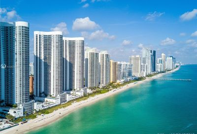 15811  Collins Ave   3104 Sunny Isles Beach FL 33160