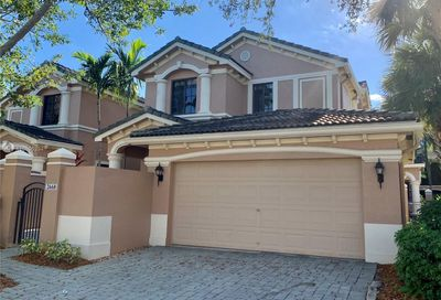 2668  Center Court Dr   4-35 Weston FL 33332