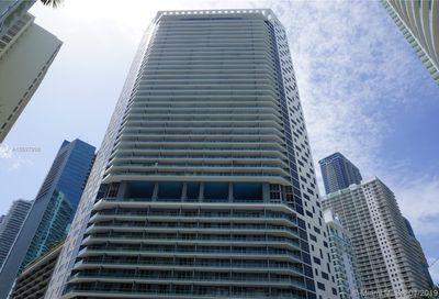 1300  Brickell Bay Dr   3304 Miami FL 33131