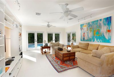 370  Harbor Lane Key Biscayne FL 33149