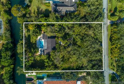 11140  Snapper Creek Rd Coral Gables FL 33156
