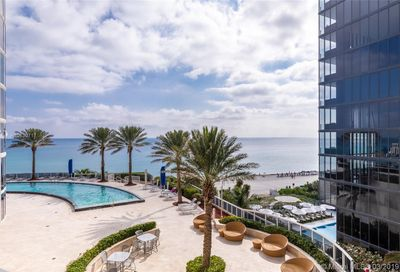 17201  Collins Ave   704 Sunny Isles Beach FL 33160