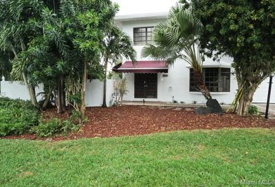 648  Kensington Pl   1 Wilton Manors FL 33305