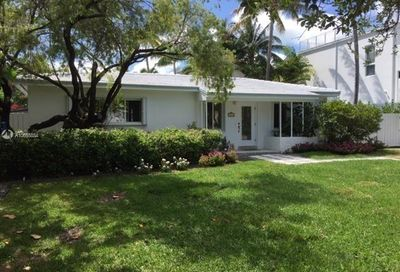 442  Warren Ln Key Biscayne FL 33149