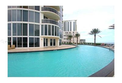 17201  Collins Ave   1007 Sunny Isles Beach FL 33160