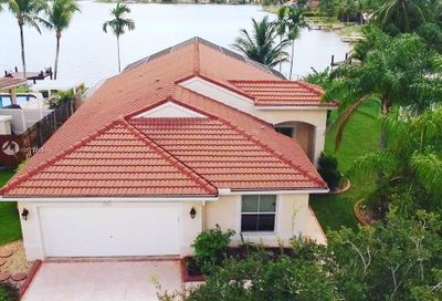 19466 24th Pl Pembroke Pines FL 33029