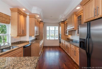 4332  Seagrape Dr   7 Lauderdale By The Sea FL 33308