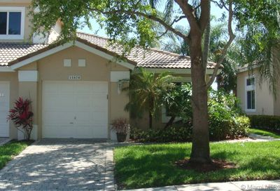 15870 SW 12th St Pembroke Pines FL 33027