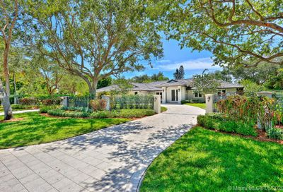 13471 SW 62nd Ave Pinecrest FL 33156