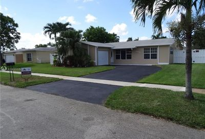 8831 NW 7th St Pembroke Pines FL 33024