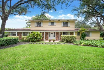 5755 SW 111th Ter Pinecrest FL 33156