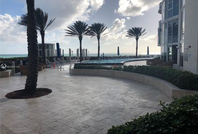 17201  Collins Ave   809 Sunny Isles Beach FL 33160