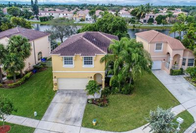 310 NW 151st Ave Pembroke Pines FL 33028