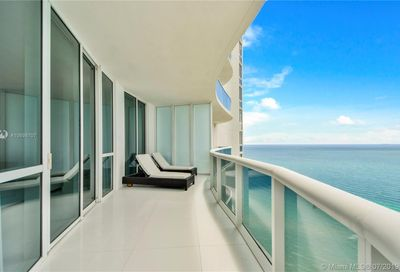 15811  Collins Ave   2307 Sunny Isles Beach FL 33160
