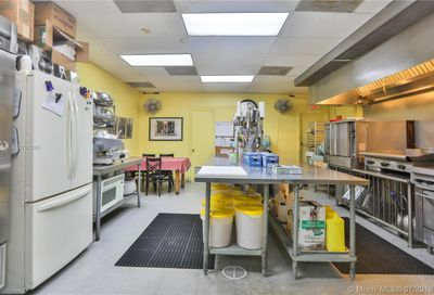 Catering Company  & Commercial Kitchen Miami FL 33155