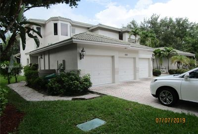 1025 NW 121st Ln Coral Springs FL 33071