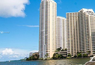 848  Brickell Key Dr   3702 Miami FL 33131