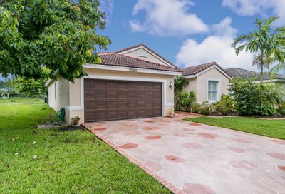 19461 NW 24th Pl Pembroke Pines FL 33029