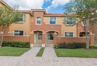 2311  Mariner Ct   2708 Dania Beach FL 33312
