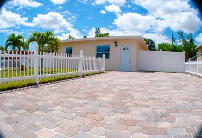 2626 NW 6th court Pompano Beach FL 33069