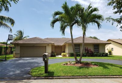 8348 NW 7th St Coral Springs FL 33071