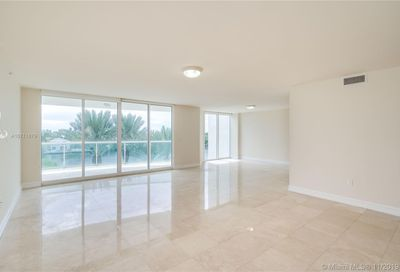 20201 E Country Club Dr   404 Aventura FL 33180