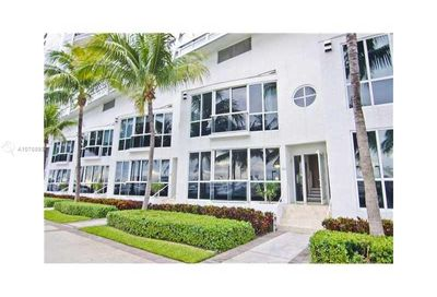 400  Alton Rd   TH-3M Miami Beach FL 33139