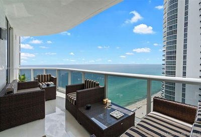 16001  Collins Ave   2002 Sunny Isles Beach FL 33160