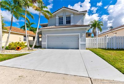 16271 NW 17th Ct Pembroke Pines FL 33028